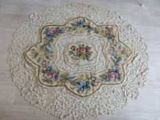 Very beautiful old tablecloth / tapestry entirely made by hand - lined with fabrics - End of the 19th century - France