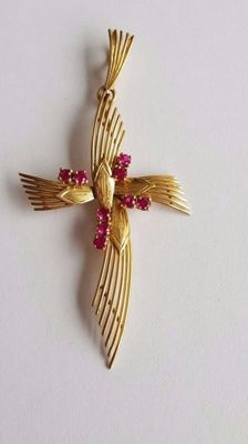 18K Gold Cross with stones