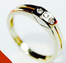 14 kt yellow/white gold men's ring with diamonds of 0.15 ct in total, ring size: 19.50 mm in diameter