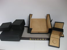 Bulgari set: Two jewellery boxes, one large necklace box, one display tray.