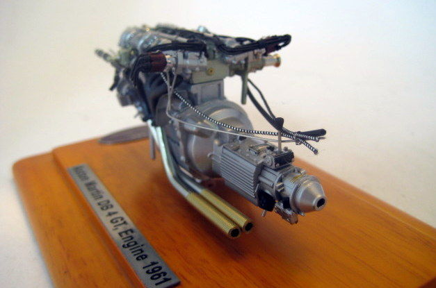 Cmc Models Schaal 118 Aston Martin Db4 Gt Zagato Engine With