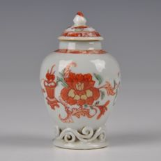 Porcelain Tea Canister - China - around 1750 (Qianlong period)