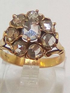 Gold ring with 1 ct diamond from 19th century