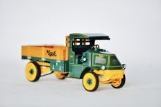 Franklin Mint - Scale 1/32 - Mack AC Bulldog Stakebed Truck 1916