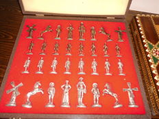 Chess set Don Quixote, beautiful chess pieces in a case, early 1970s
