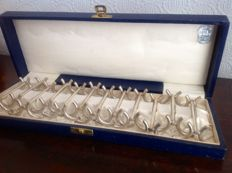 12 Silver plated cutlery rests - the 50's, in original case