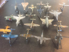 19 various metal model Areoplanes