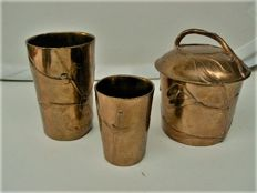 H. Luppens & Cie - Bronze pot with lid + two pots-cups