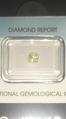 Fancy Yellow Natural Diamond 0.69 ct, untreated, brilliant cut = excellent, VS1, of high value with *** low reserve price ***