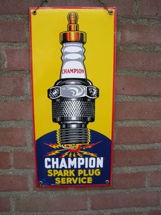 Enamel sign for Champion spark plug service - made in U.S.A .- 20.5x46cm - 2nd half of 20th century