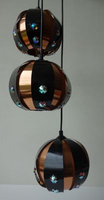 Coronell Elektro - (partially) copper cascade pendant light with three light sources / spheres