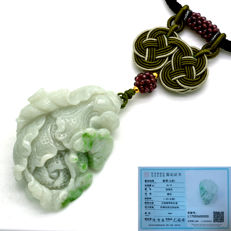 Pendant made of type A green two-tone jade engraved with flower and cabbages, with certificate, 48.78 g