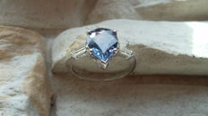 -No Reserve- 2.65CT - Natural Violet Sapphire & Diamond Ring 14kt.
