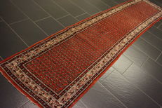 Magnificent handwoven oriental Sarouk Mir carpet with runner, 78 x 340cm, made in India, runner gallery Tappeto Tapis Tapijt carpet