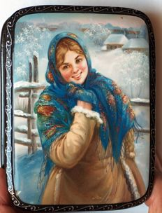 "Russian Hand Painted lacquer box  - ""Fedoskino"" - Russian Beauty 19"