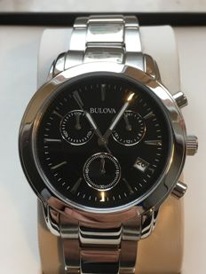 "Bulova ""Chronograph"" -- Men's wristwatch -- 2016 - used, in mint condition."