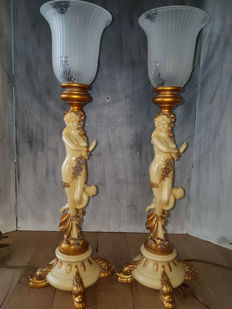 Set of French lamps with angels, ladies-in-waiting and fish
