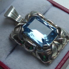 Silver pendant with topaz in Jugendstil style -- France