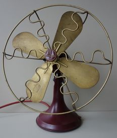 Siemens – model W250T Art Deco table fan.