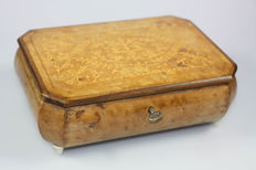 Antique jewellery box - jewellery box - music box Reuge music box