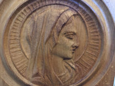 Beautiful wooden Mary - France - 2nd half of 20th century