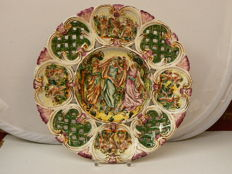 Capodimonte - Beautiful large decorative dish with ajour and relief