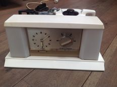 Goblin – Automatic alarm clock / tea machine Teasmade, model 855.