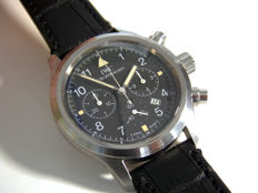 IWC — AVIATOR CHRONOGRAPH — IW3741 — men — 2000-2010