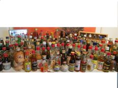 Collection of 163 vintage liquer miniaturebottles period 1950- 1990