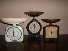 Lot of three special scales, from Germany and Sweden, weigh up to 5 and 10 kg, beautiful decorative item!