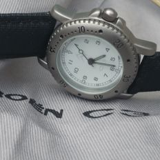 Citroen C3 ladies wristwatch with Citroen C3 cap