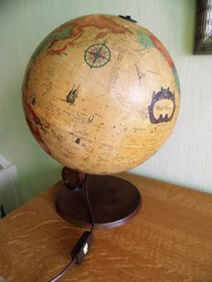 "Globe ""Scan Globe As"" the old world 1950s"
