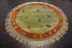 Beautiful oriental Persian carpet, round Gabbeh, wool on wool, nomad work, made in India, 210 x 210cm