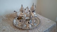 Oneida large vintage traditional tea coffee set silver plated made in usa.
