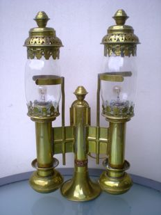 Beautiful double copper/brass carriage lamp