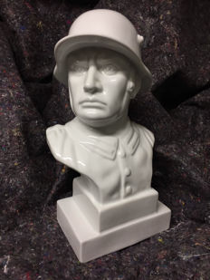 WW2 German Wehrmacht soldier bust porcelain