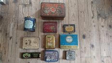 Cigarette tins, 10 different luxury boxes.