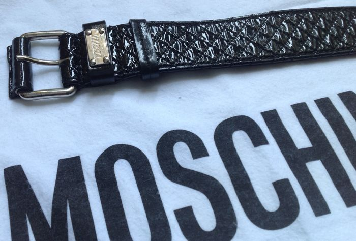 d8f2f2ab30 Moschino Cheap and Chic – New belt, with label still attached – No reserve  price