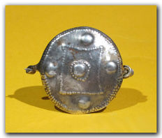Celtic Silver Shield Brooch, 5.7 cm L max incl. pin
