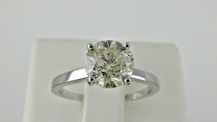 2.10 ct  round diamond ring made of 14 kt gold - size 7.5