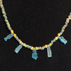 Egyptian Faience and Gold Necklace with Five Amarna Period Amulets, 49 cm L