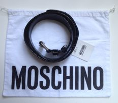 Moschino Cheap and Chic – New belt, with label still attached – No reserve price