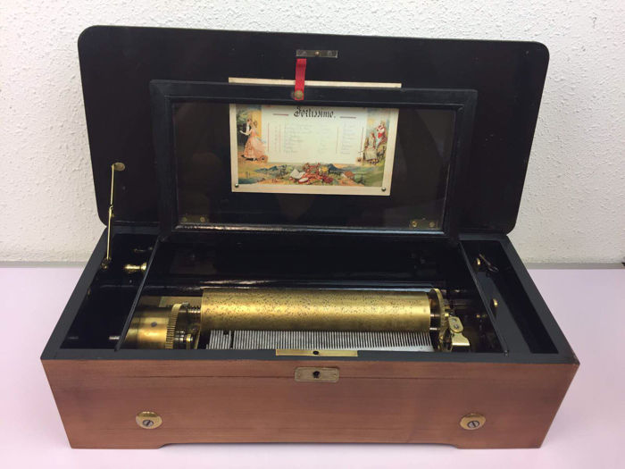 Fortissimo Swiss music box, 8 melodies - Switzerland - Ca. 1900