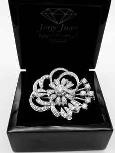 Women's brooch - 18 kt white gold and diamonds