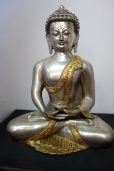 Large bronze Buddha – Nepal – late 20th century