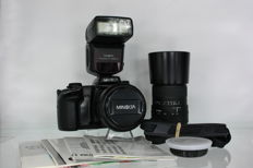 Minolta Dynax 600si Classic icm 28-80mm AF zoom lens, Sigma 70-210mm f4-5.6 UC-II objective and the Minolta Program 3500xi flash