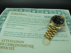 1986 ROLEX DAY-DATE 18038 WITH ORIGINAL GLOSSY BLACK DIAMOND DIAL AND PAPER
