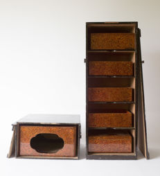 A tsugaru-nuri lacquered jubako set. Consists of five boxes, two lids and one platform. In two storage crates - Japan - 1910-1930 (Showa period)