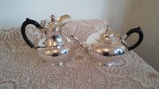 VIintage james dixon & son tea pot & water jug silver plated made in england.