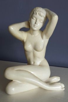 Statue; naked young woman - ca 1965